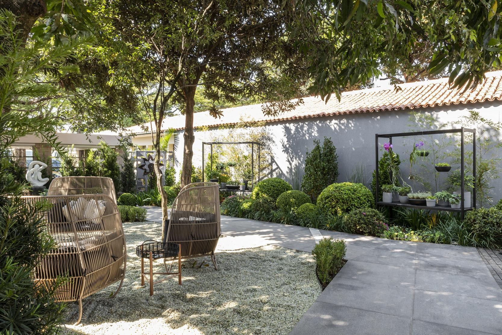 ESPECIAL CASACOR – Verde Suspenso – Jardins Verticais